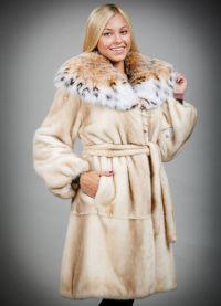 Najdroższy futrzany płaszcz na świecie9