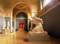 Выставка скульптур в Новой глиптотеке Карлсберга