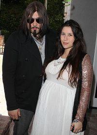 Сын Николаса Кейджа с беременной возлюбленной