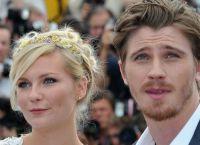 """Hvězda """"melancholie"""" Kirsten Dunst se oženil s Garrettem Hedlundem 3"""