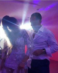 Невеста и жених весь вечер зажигательно танцевали
