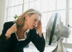 zaczerwienienie z objawami menopauzy