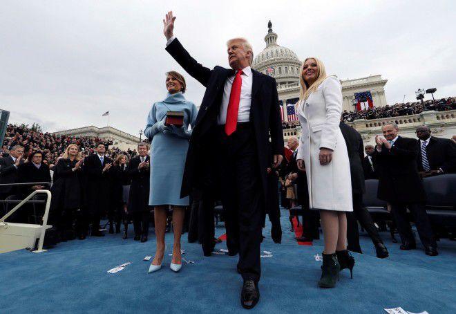 Тиффани с отцом Дональдом Трампом и его женой Меланией
