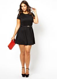 Smukła sukienka 7