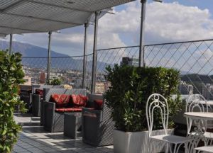 Ресторан The Panoramic Bar & Restaurant балкон