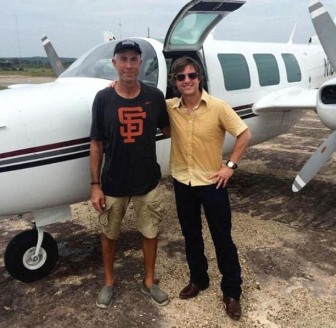 Том Круз с погибшим пилотом