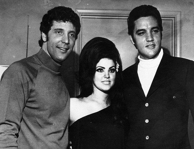 Том Джонс, Присцилла и Элвис Пресли в 1971 году