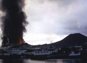 Извержение вулкана Эльдфедль