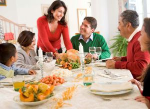 Семейный ужин в Швейцарии