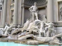 Fontanna di Trevi w Rzymie3