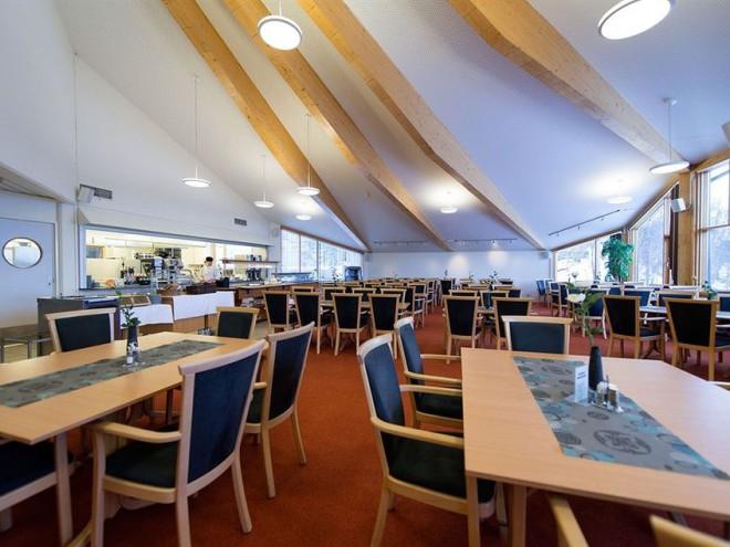 Ресторан в отеле Sydspissen