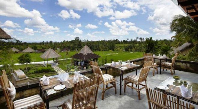 Ресторан в отеле Waka di Ume Resort & Spa