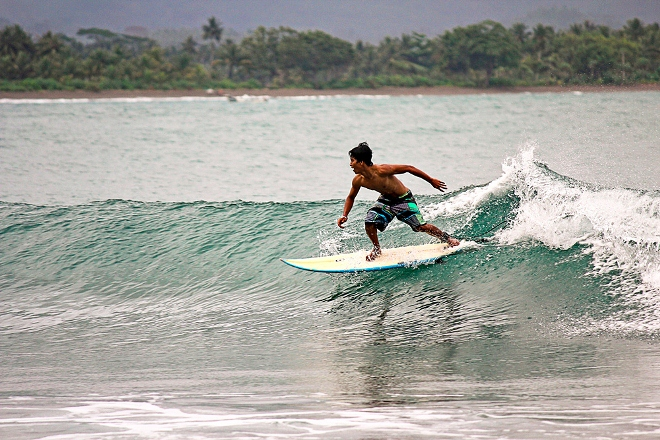 Серфинг на острове Панаитанг