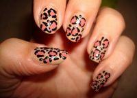 niezwykły wzór paznokci5