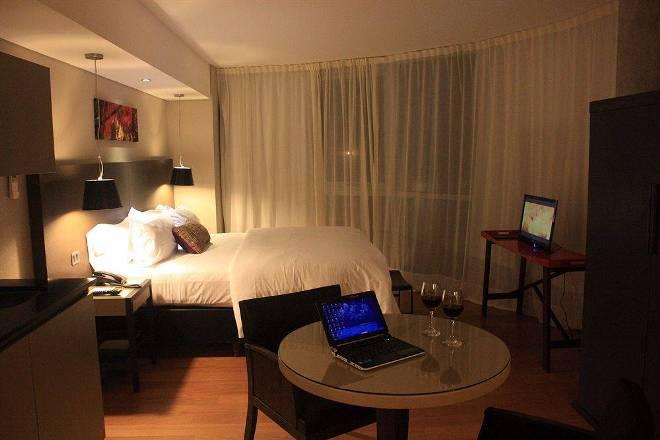 Отель 4 звезды AXSUR Design Hotel