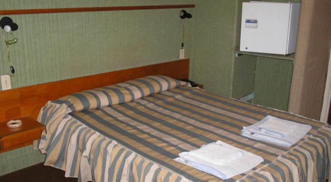 Отель 2 звезды Hotel La Cumbre