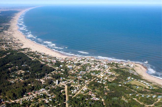 Курортный город Ла Педрера