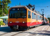 Пригородный поезд на гору Утлиберг