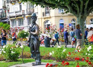 Памятник Чаплину в Веве