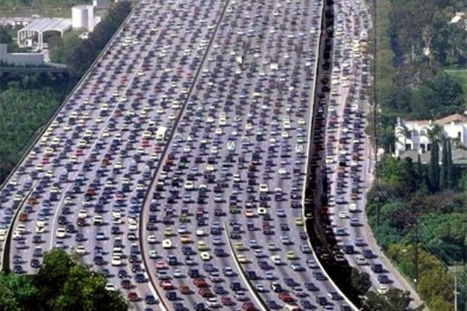 В 2015 году город занял первое место по автомобильным пробкам