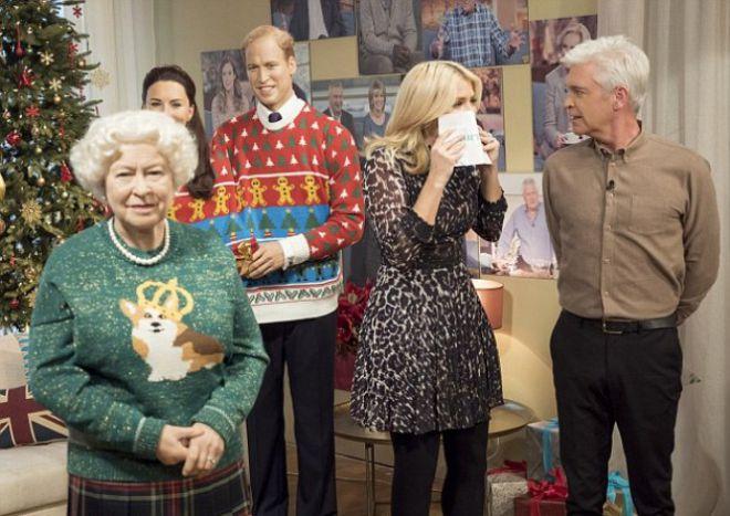 Забавные свитера покорили многих