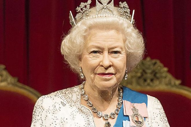 Восковая фигура королевы Елизаветы II
