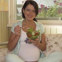 osłabienie i nudności podczas ciąży