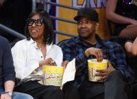 Дензел Вашингтон с женой на баскетбольном матче