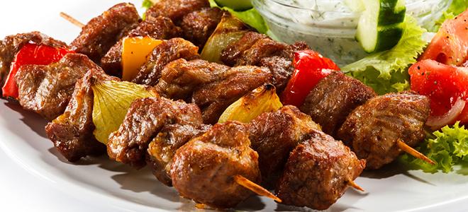 Szybki i smaczny kebab wieprzowy