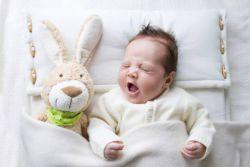 co powinno zrobić dziecko w wieku 4 miesięcy