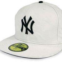 бела бејзболска капа10