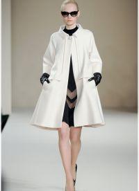 Biały płaszcz 2013 8