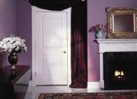 Białe drzwi we wnętrzu 9
