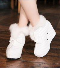 Białe kobiece buty 1