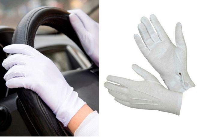 bílé bavlněné rukavice