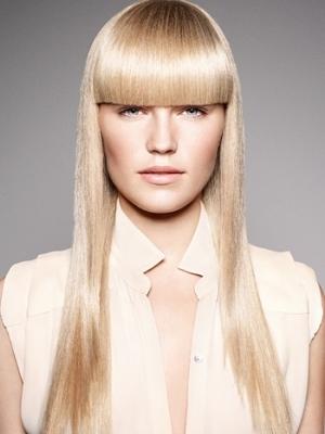 białe włosy 11