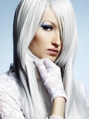 białe włosy 12
