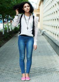Bílá košile a džíny 2