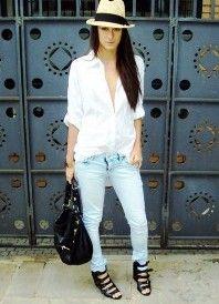 Bílá košile a džíny 8