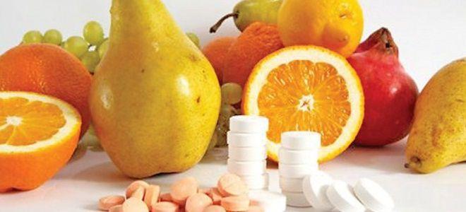 трескаются губы витамины