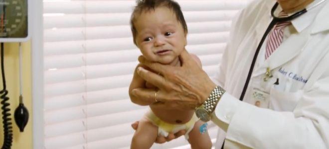 Как успокоить плачущего младенца третий