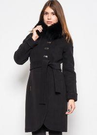 zimowy kaszmirowy płaszcz z futrzanym kołnierzem6