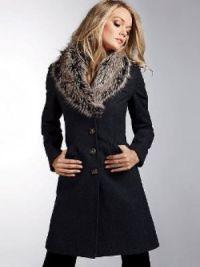 Zimowy wełniany płaszcz z futrzanym kołnierzem3