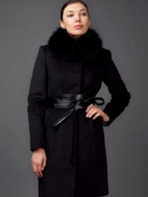 Zimowy wełniany płaszcz z futrzanym kołnierzem5