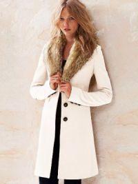 Zimowy wełniany płaszcz z futrzanym kołnierzem6