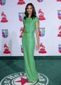 Шта носити са зеленом хаљином 2