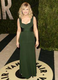 Шта носити са зеленом хаљином 5
