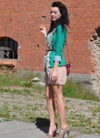 Какво да носите със зелено яке4