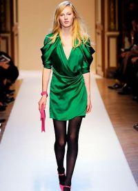 co se nosit s smaragdovými šaty 4