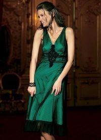 co se oblékat smaragdovými šaty 6